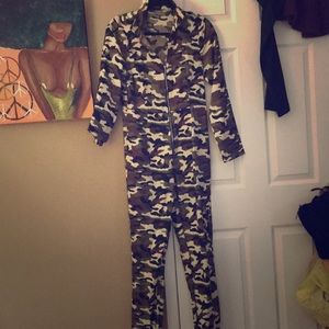 PrettyLittleThing Other - Camo jumpsuit